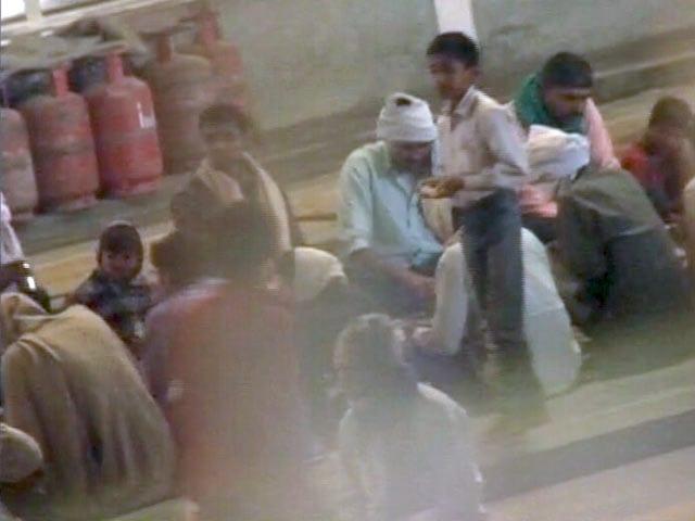 Videos : एक्सक्लूसिव : रामपाल की गिरफ्तारी के बाद आश्रम के अंदर की तस्वीरें