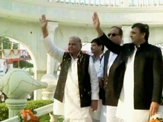 Video : 'It's All Funded by Taliban, Dawood,' Quips Azam Khan on Mulayam's Grand Birthday Celebrations