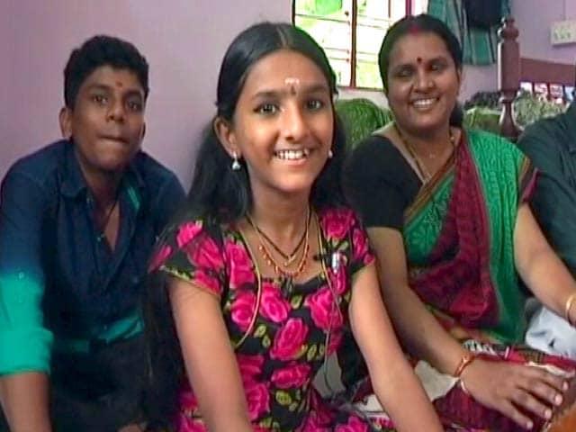 Videos : आखिर मिल गई जूनियर लता मंगेशकर