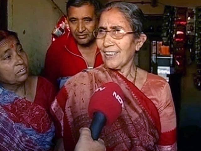Videos : मैं मोदी की पत्नी, मुझे मेरा हक चाहिए : जसोदाबेन