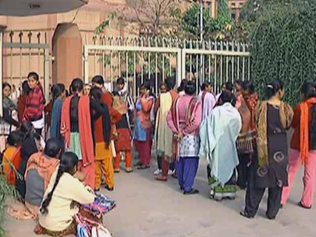 Video : प्राइवेट स्कूल खुद तय करेंगे नर्सरी एडमिशन का फॉर्मूला : दिल्ली हाईकोर्ट
