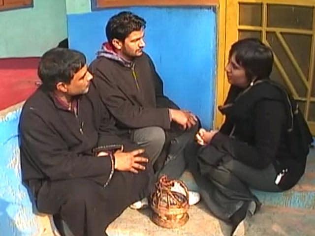 Videos : खबरों की खबर : कश्मीर की कशमकश