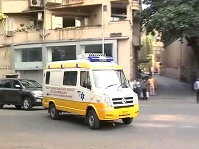 Videos : शरद पवार को लगी चोट, मुंबई के अस्पताल में भर्ती