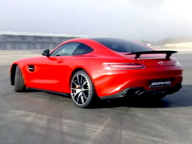 Video : Mercedes-AMG GT Scorches Laguna Seca!