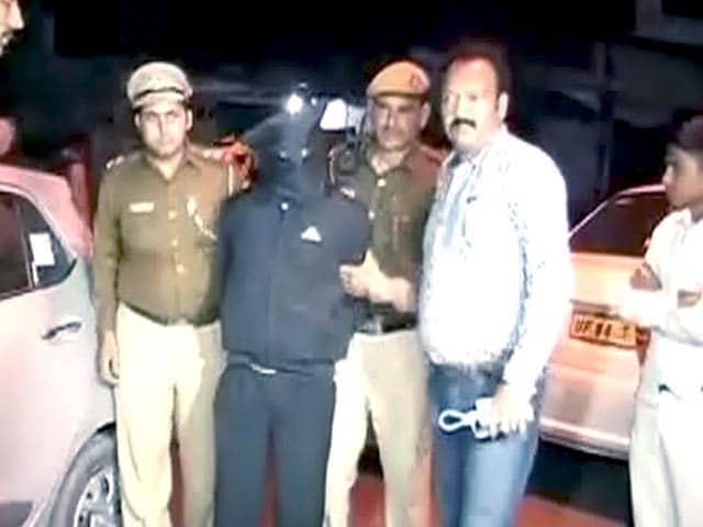 Video : गिरफ्तार कैब ड्राइवर पहले भी रेप मामले में जा चुका है जेल
