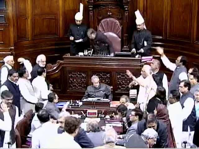 Video : साध्वी निरंजन ज्योति को लेकर संसद में जारी गतिरोध खत्म