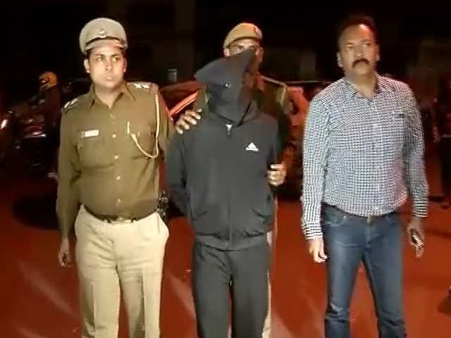 Video : इंडिया 7 बजे : रेप मामले मेें पुलिस की भूमिका पर सवाल