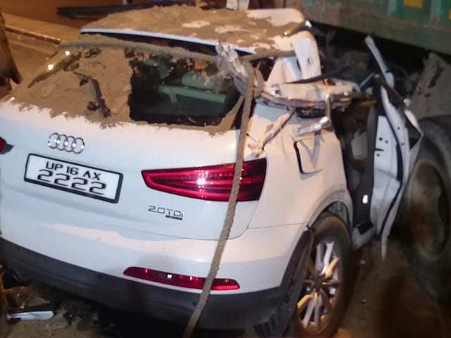 Video : Speeding Audi SUV Crashes Into Truck in Delhi, 1 Dead, 2 Seriously Injured