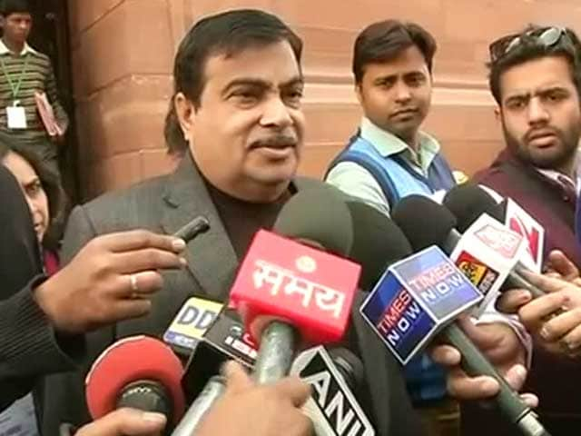 Video : On Uber Case, Banning Services is Not the Solution, Says Transport Minister Gadkari