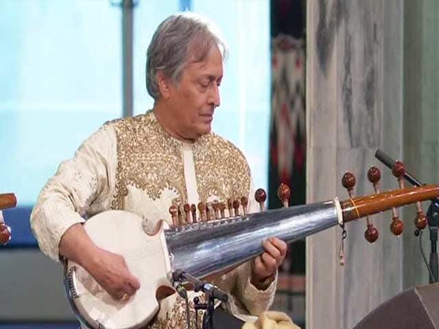 Video : Sarod Maestro Amjad Ali Khan Performs at Nobel Peace Prize Ceremony