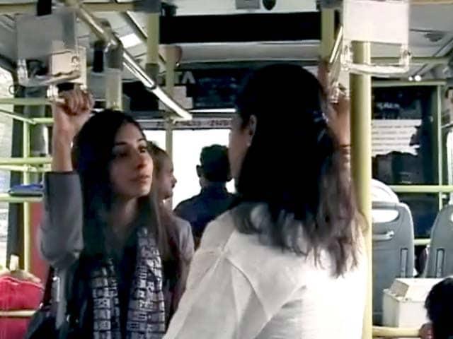 Video : टैक्सी सर्विस पर लगे बैन से लोगों में नाराजगी