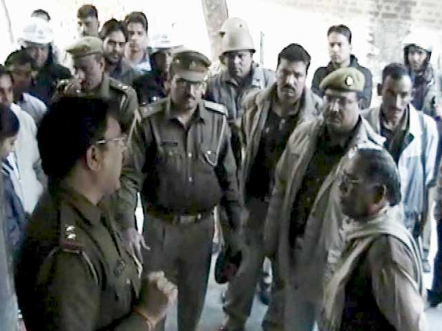 Videos : मेरठ में बाल कैदियों के हमले में एक पुलिसकर्मी की मौत