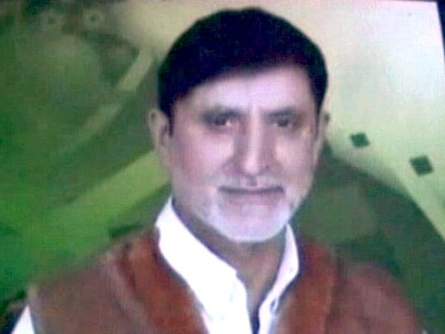 Videos : जम्मू-कश्मीर : सोपोर में अगवा कर सरपंच की हत्या