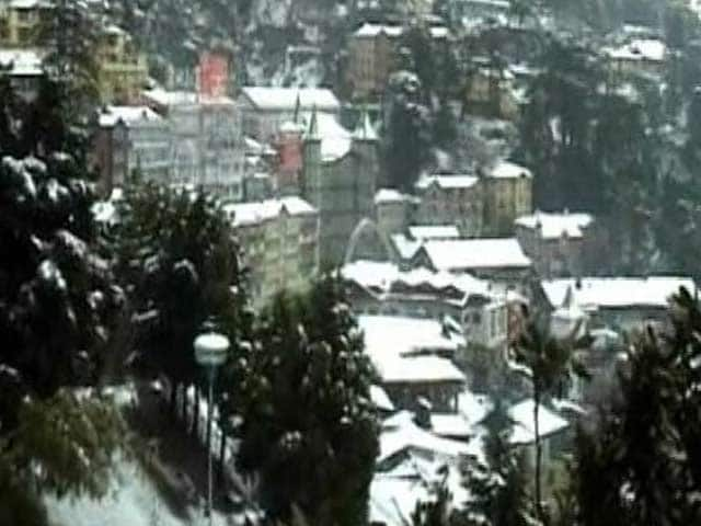 Video : Shimla Gets Season's First Snowfall
