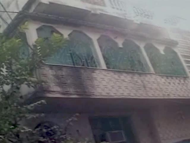 Video : आईएस का ट्विटर एकाउंट चलाने वाले मेहदी के घर की तस्वीरें