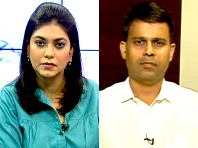 Video : Rupee Fall Should be Capped at 64 Mark for Now: Crosseas Capital
