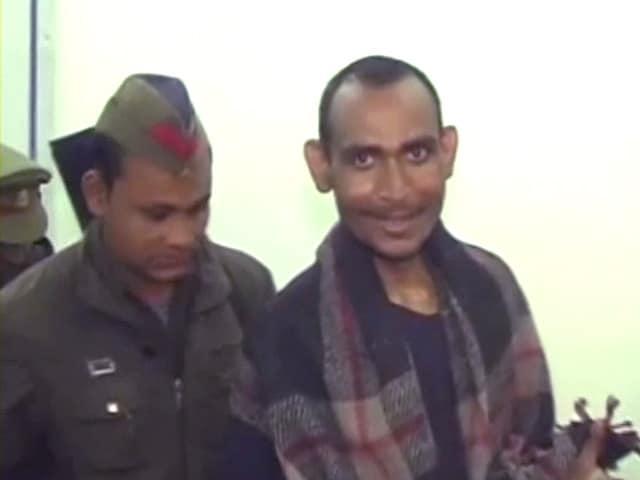 Videos : दंगा भड़काने का साजिशकर्ता गिरफ्त में