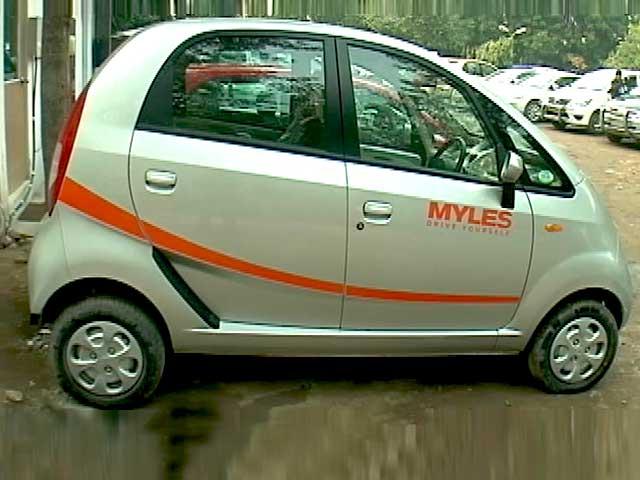 Video : CNB Bazaar Buzz: Self-Driving Car Rentals, Fog Driving Tips & Women on Wheels