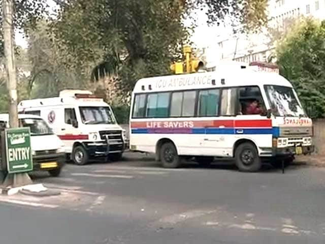 Video : Delhi's First Swine Flu Death: Woman Dies of Multiple Organ Failure