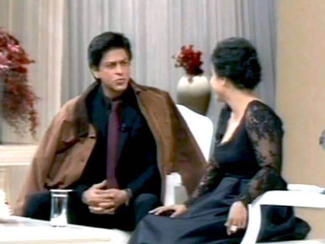 Video : SRK Recreates <i>DDLJ</i> Moments a 1,000 Weeks Later