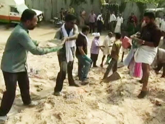 Video : As Parts of Kerala Capital Are Declared 'Clean' by Civic Body, Political Row Erupts