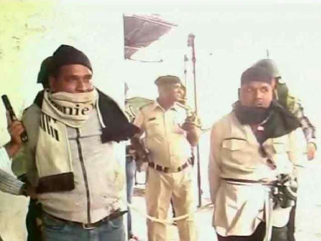 79f10007e3d Cops Make Dummy Terrorists Shout  Islam Zindabad