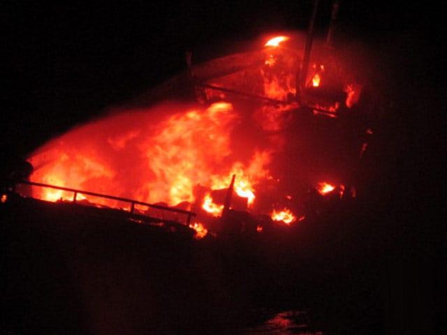 Video : खबरों की खबर : वह जली हुई नाव
