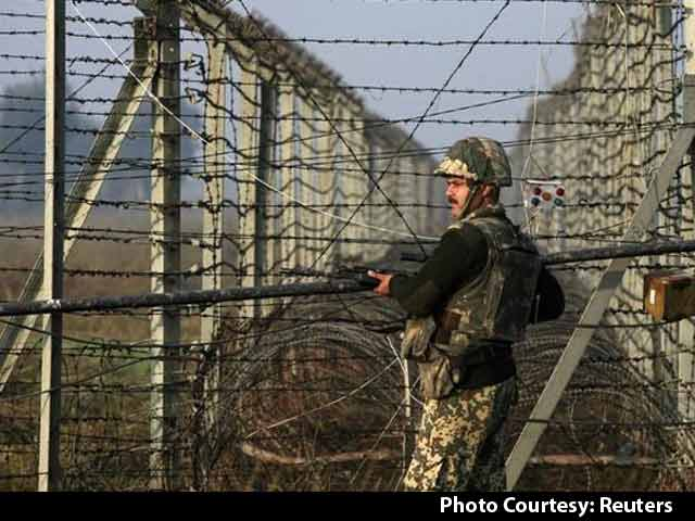 Video : 1 Killed, 8 Injured in Heavy Firing by Pakistan Along the International Border in J&K