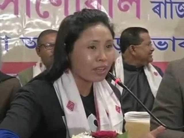 Video : Suspended Boxer Sarita Devi Vows to Win Olympic Gold