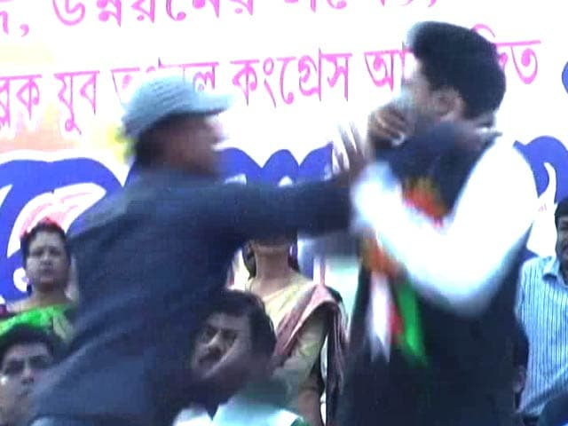 Video : Mamata Banerjee's Nephew Abhishek Banerjee Slapped at Public Meeting