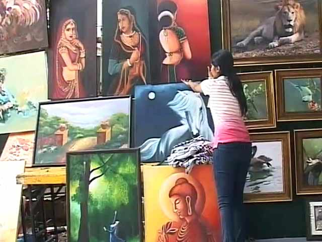 Video : Bengaluru's 12th Chitra Sante Draws Enthusiastic Crowds