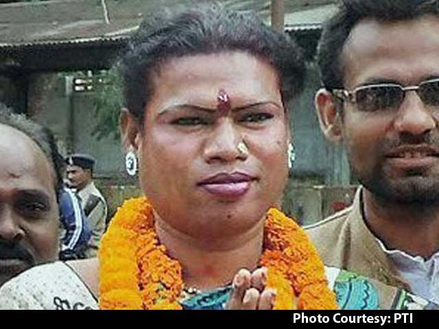 Video : Now, a Trans-Gender Mayor. Meet Madhu Kinnar