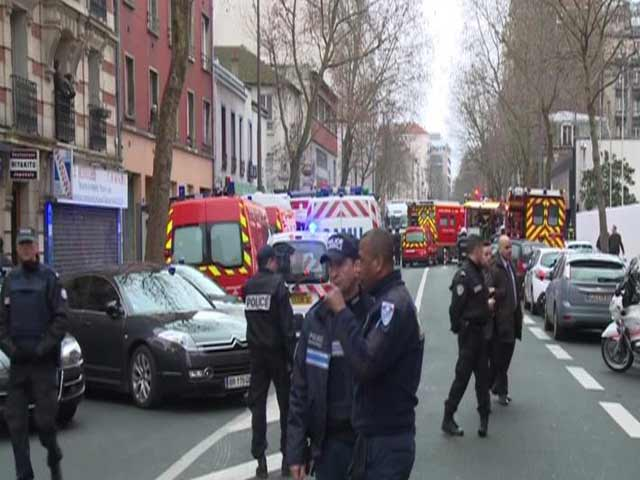 Video : Woman Officer Dies After Gunman Opens Fire at Police Officers Near Paris