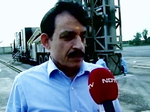 Video : A Day After Being Sacked, Business As Usual for Avinash Chander at DRDO