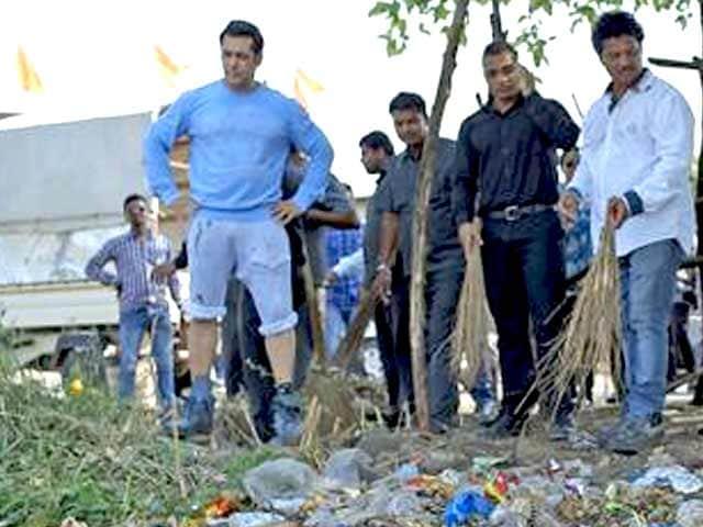 Videos : सफाई के लिए लोगों को तोहफे देंगे सलमान, मोदी ने की तारीफ