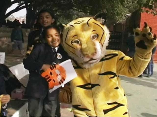 Video : दिल्ली मॉडर्न स्कूल पहुंची बाघ बचाओ मुहिम की टीम