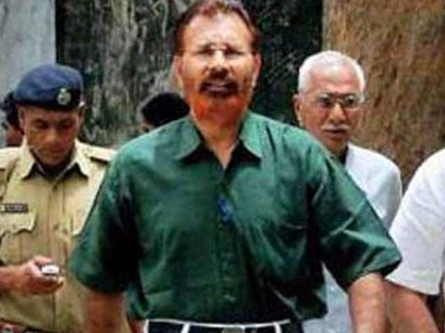 Video : Former Police Officer DG Vanzara Gets Bail in Ishrat Jahan Case, But Can't Enter Gujarat