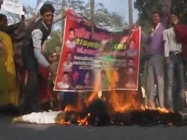 Video : Plans for Nitish Kumar to Return as Chief Minister Trigger Clashes in Patna