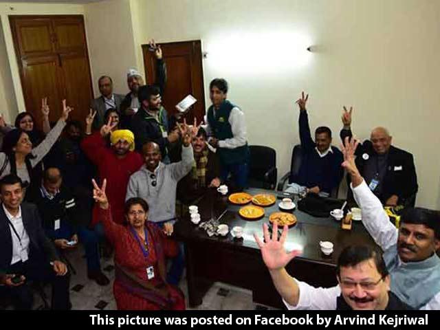 Video : Delhi Election Result: Dream Victory for Arvind Kejriwal's AAP, BJP Flattened