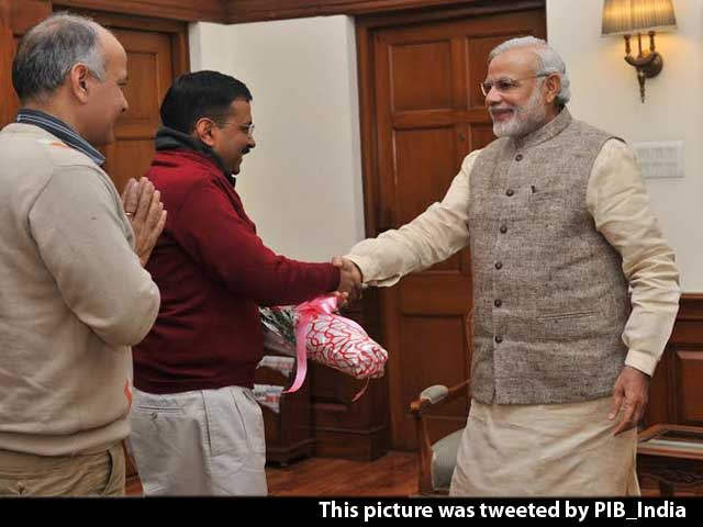 Video : Arvind Kejriwal Meets PM Modi, Has a 15-Minute Chai Pe Charcha