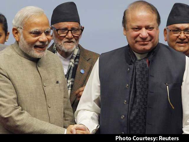 Video : PM Modi Phones Pakistan Prime Minister Nawaz Sharif, They Bond Over Cricket