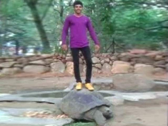 Video : This Stunt for a Facebook 'Like' Got This Hyderabad Youth Arrested