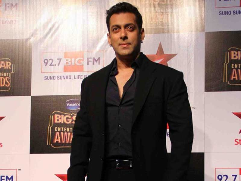 Video : Salman Khan's Arms Act Case and Crores at Stake