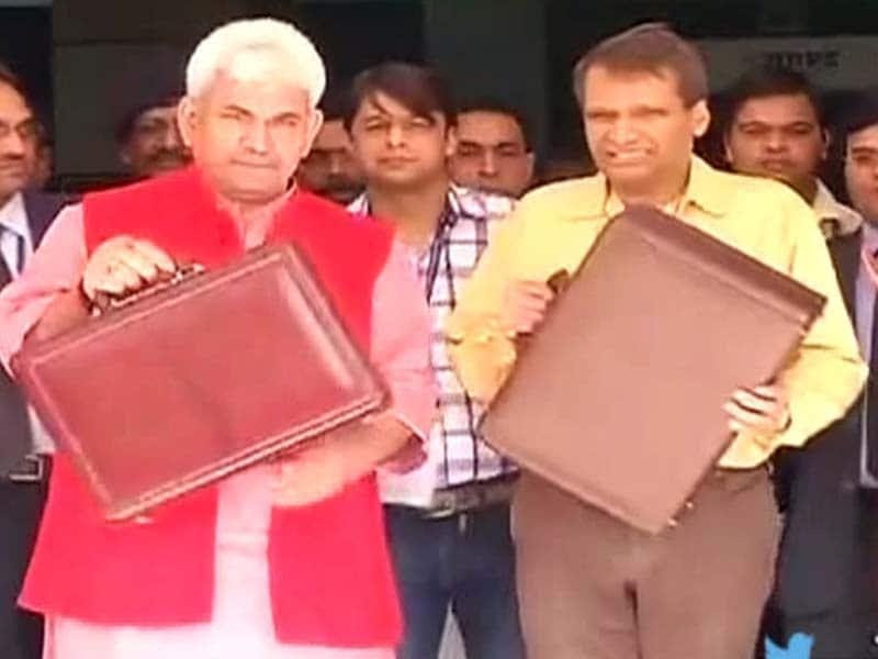 Videos : बॉस प्रभु के नक्शेकदम पर रेल राज्यमंत्री!
