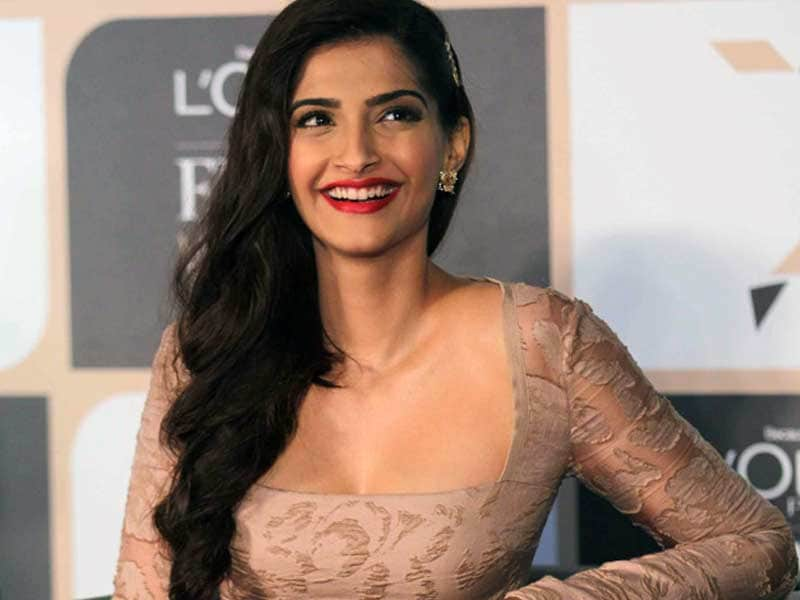 Video : Sonam Kapoor in Recover Mode
