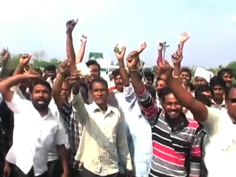 Video : Maharashtra Farmers Hit By Unseasonal Rains, Government Promises Financial Aid