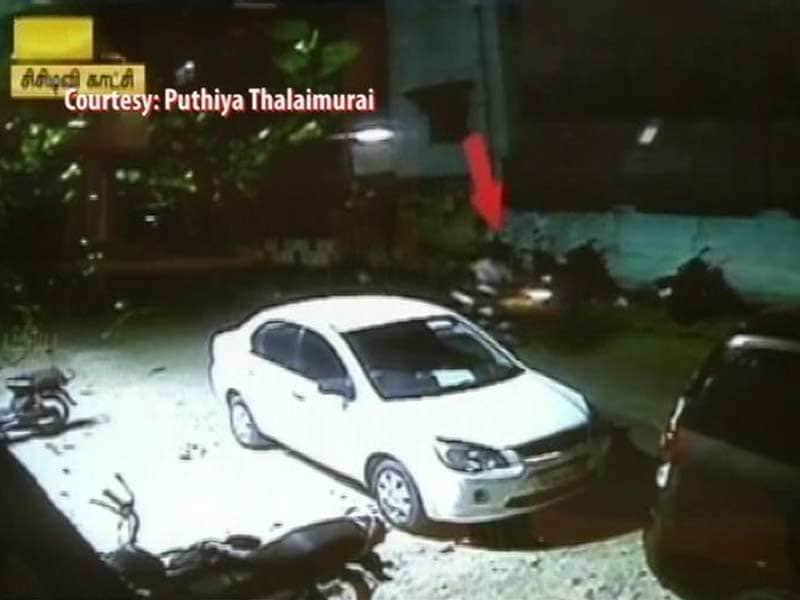 Video : Crude Bombs Thrown at News Channel Office in Chennai