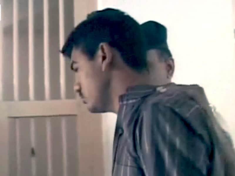 Videos : यौन हिंसा की शिकार बच्ची के इलाज का पैसा शराब में!
