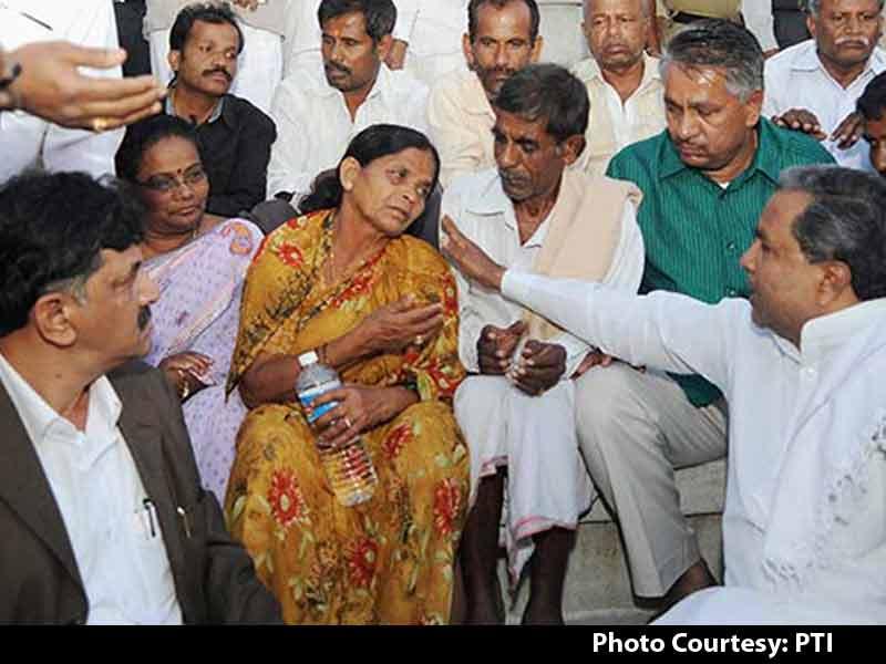 Video : Karnataka IAS Officer DK Ravi's Death: 'I Want Justice,' Says His Mother, Demands CBI Probe