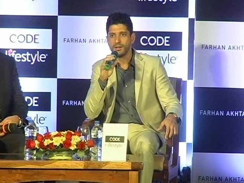 Video : Farhan in a Legal Battle Over <i>Rock On 2</i>
